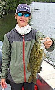 19.5-inch Trophy Smallmouth Bass by Tyler Fishing in Canada