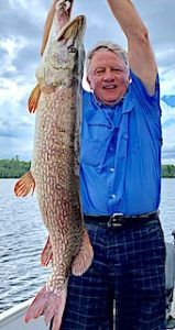 39.5-inch HUGE Northern Pike Fishing at Fireside Lodge in Ontario Canada by Mark